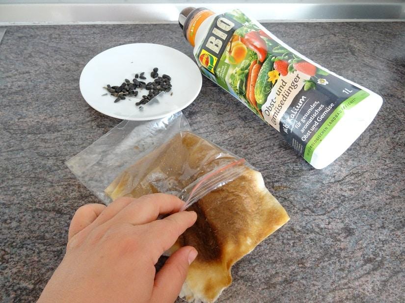 Küchenkrepp im Gefrierbeutel feucht halten