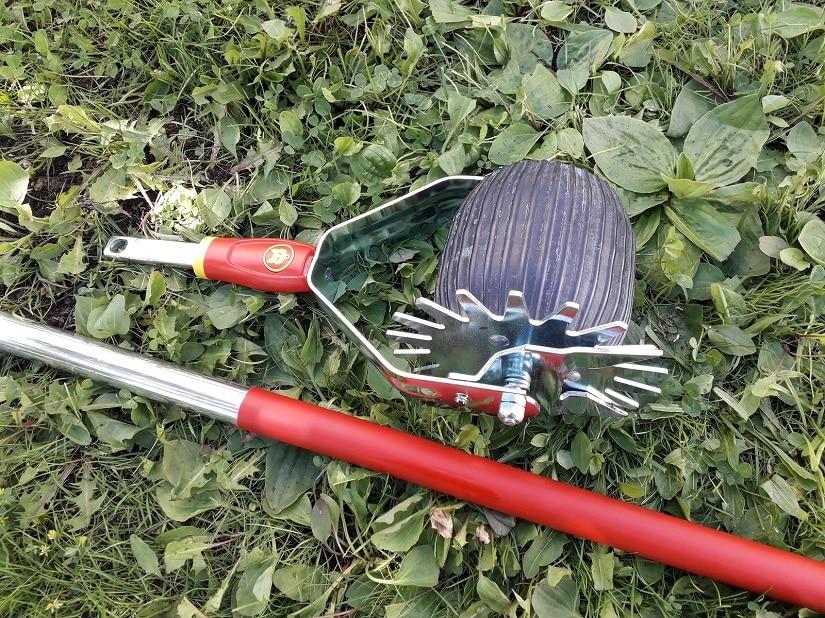 Rasenkantenroller sind Walzen mit einem Messerrad