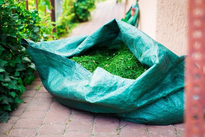 Beim Kauf des Gartenabfallsacks sollte man auf eine gute Verarbeitung achten