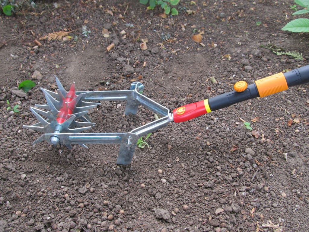 Fiskars Universaladapter mit Wolf-Garten Sternfräse