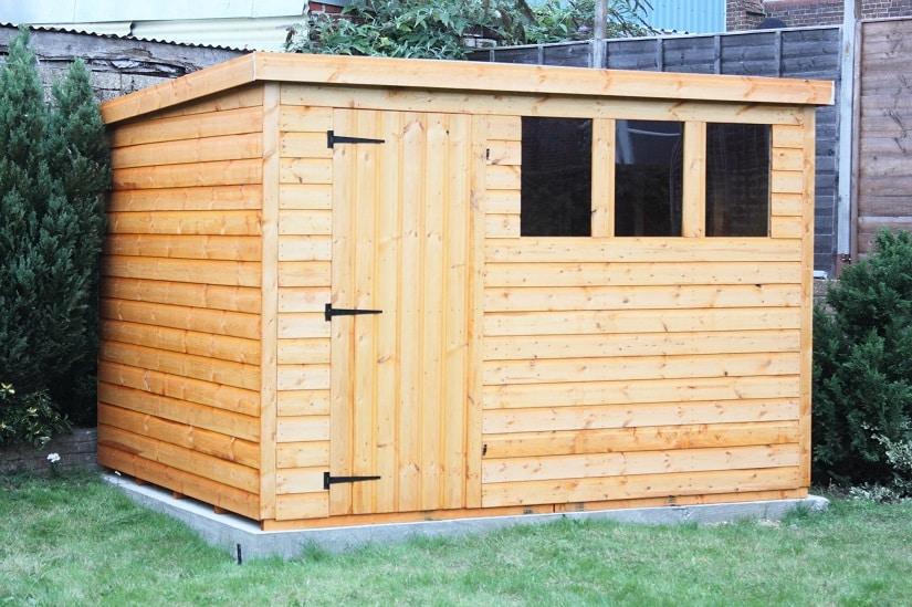 Gartengerätehaus aus Holz