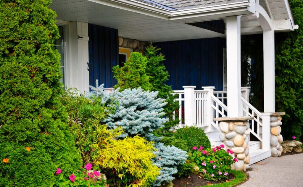 Fünf Tipps für einen schöneren Vorgarten
